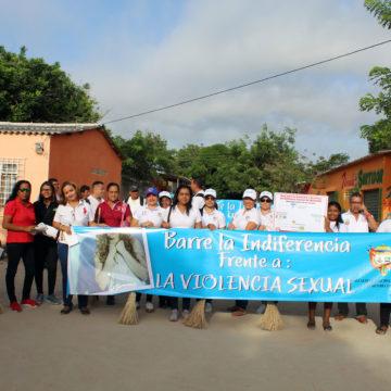 """Campaña """"barre la indiferencia frente a la violencia sexual"""", en Malambo."""