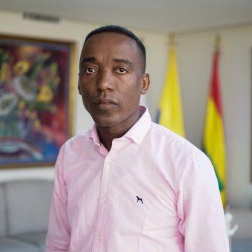 Luis Fernando Cassiani Herrera asume en propiedad Gerencia de Asuntos Étnicos