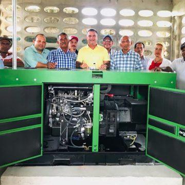 Gobernación entrega planta eléctrica para pequeños ganaderos del sur del Atlántico
