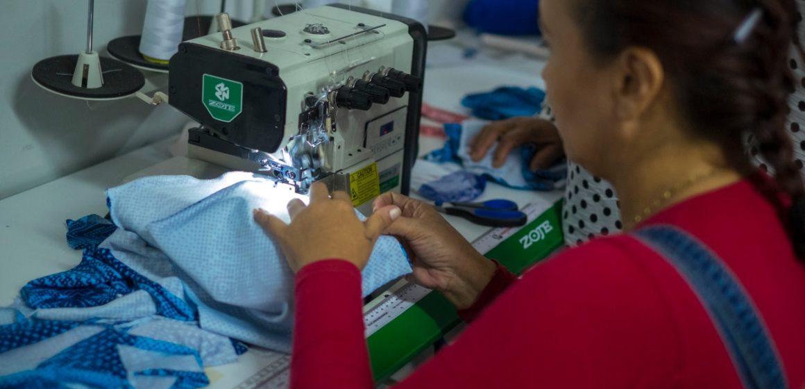 Gobernación fortalece 40 microempresas de retornados de Venezuela