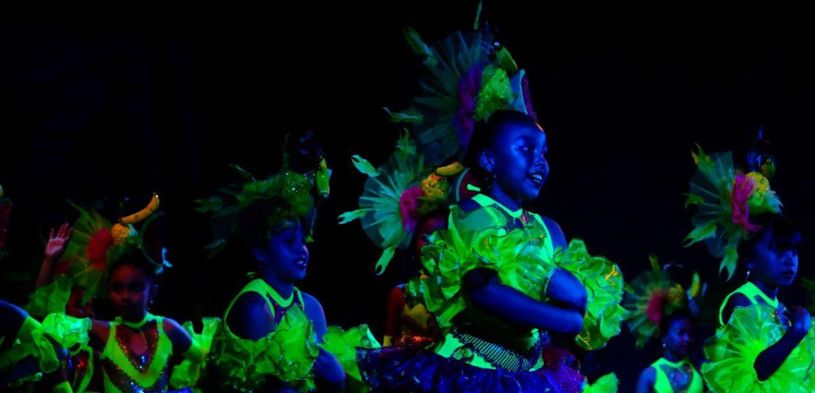 En el marco de la Semana de la Resistencia Afroindígena, 50 colectivos de danzas rinden tributo al mestizaje