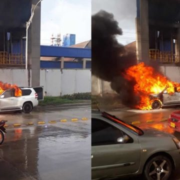 Vehículo terminó en llamas en la Vía 40