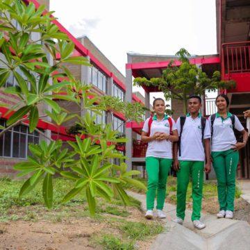 Iniciativa entre la Fundación Scholas y la Gobernación beneficia a 353 estudiantes