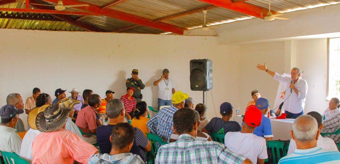 Gobernación fortalece el agro en Manatí con entrega de 71 motobombas para pequeños productores lácteos