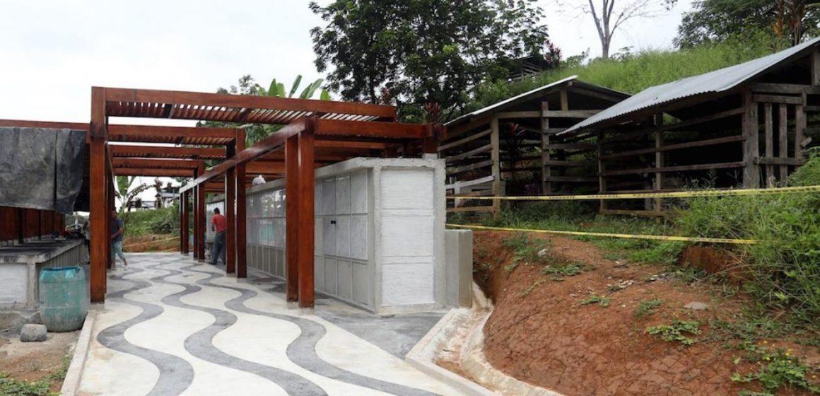 Preparan despedida a víctimas de la masacre en la iglesia de Bojayá, Chocó