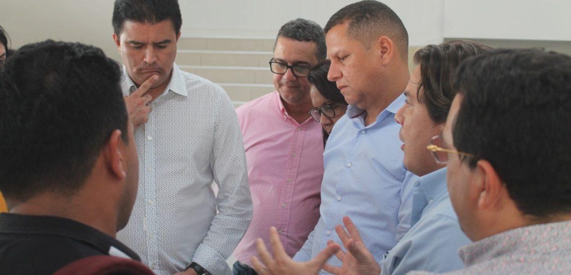 ALCALDE RODOLFO UCROS VISITA LA NUEVA SEDE DEL PALACIO MUNICIPAL