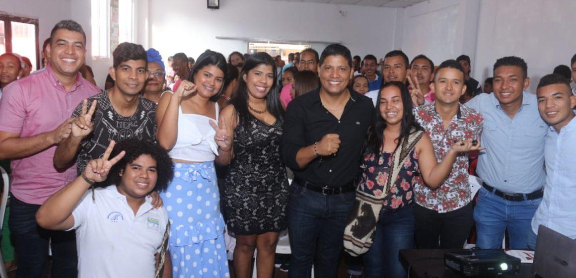 ¡Más de 200 jóvenes acudieron al llamado de la Oficina de Juventud!