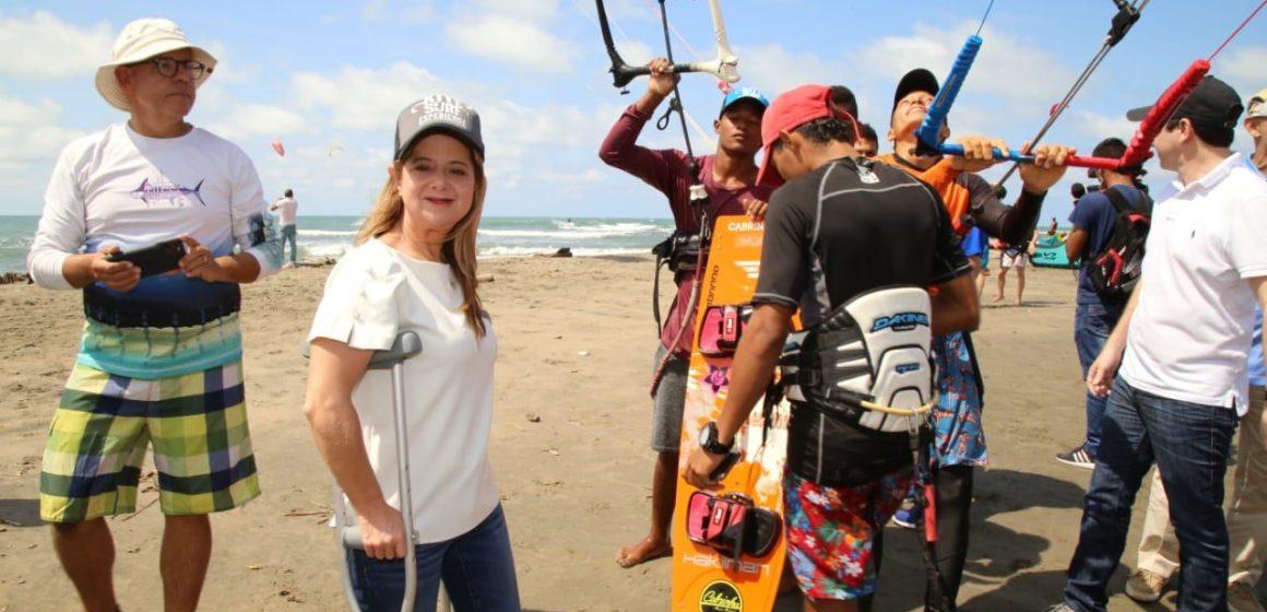 Elsa Noguera abrirá centro de desarrollo  del kitesurf en Juan de Acosta