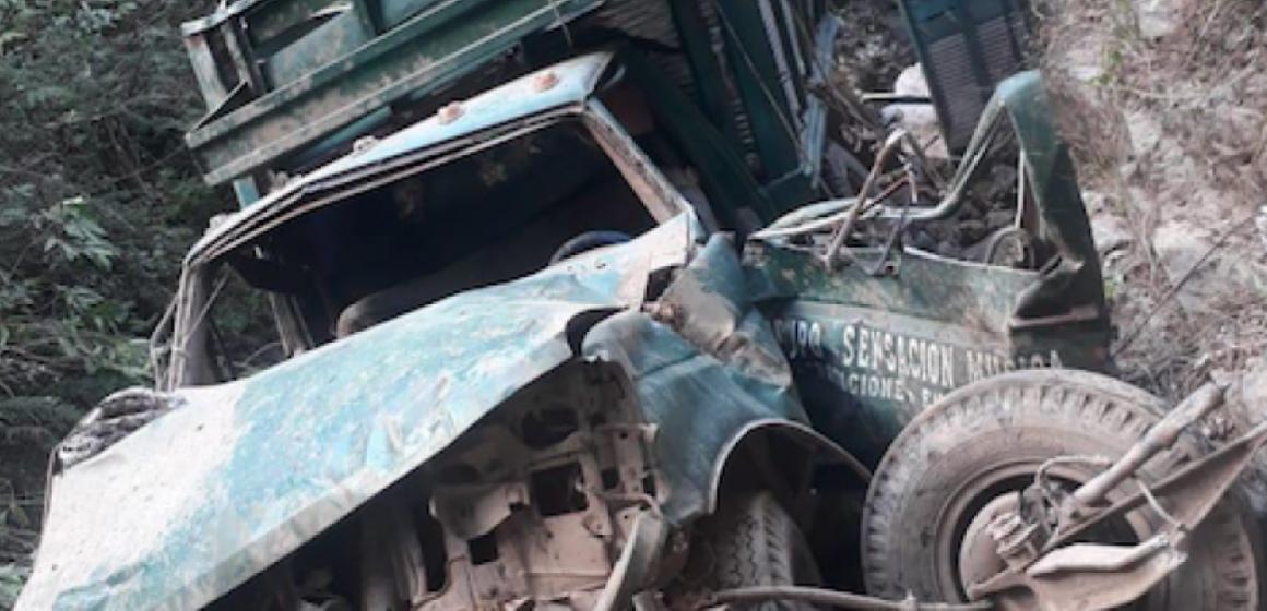Atroz: hallan 10 cuerpos calcinados en un vehículo en Guerrero, México