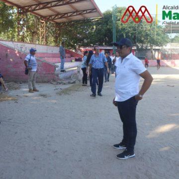 Alcalde Rumenigge Monsalve anuncia recuperación de la cancha de softbol de Villa Esperanza