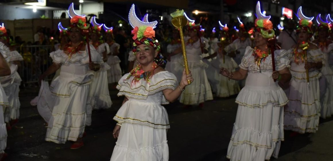 Llegó la hora de La Guacherna 2020 con 'Coctel de Piña'