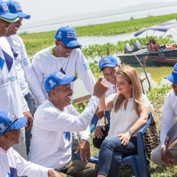 """""""Tenemos que trabajar por la reactivación económica del Atlántico para el día después de la pandemia"""": Elsa Noguera"""