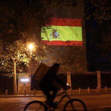España: a estudiantes de primaria y secundaria se les aprobará el año