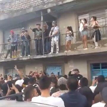 Peligrosa aglomeración de jóvenes en popayán a causa de la visita de un cantante de hip hop