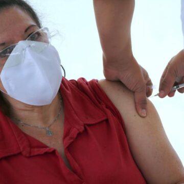 México rebasa los 175.000 decesos y los 2 millones de contagios