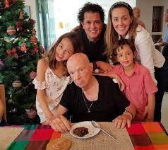 FALLECE EN SANTA A LA EDAD DE 91 AÑOS LUIS AURELIO VIVES ECHEVERRIA PADRE DEL CANTAUTOR CARLOS VIVES.