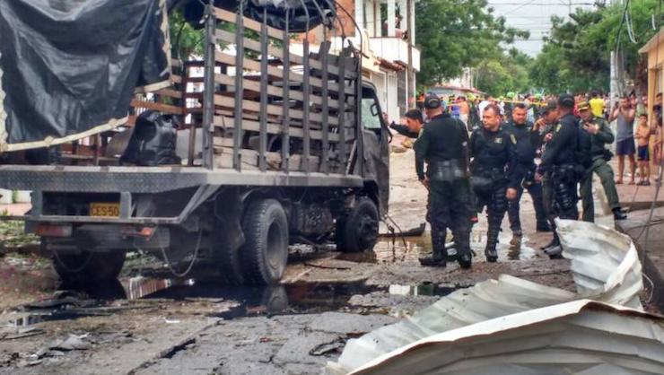 ATENTADO CON COCHE BOMBA CONTRA BASE MILITAR EN CUCUTA DEJA POR LO MENOS 36 HERIDOS.
