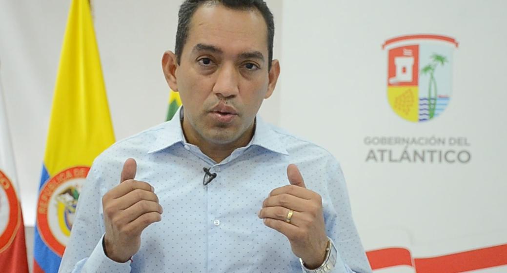 DANILO HERNANDEZ RODRIGUEZ. CONTADOR PUBLICO  ES EL NUEVO RECTOR DE UNIATLANTICO.